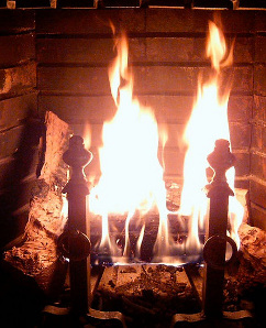 A Few Tips For Indoor Fireplace Safety in Minnesota